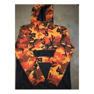 ZUMIEZ ORANGE CAMO PULLOVER